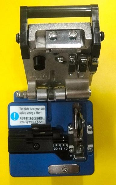 High Precision Optical Fiber Cleaver, Sumitomo, FC-6S (1)